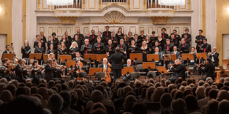 Mozarteumorchester Mozart Matinee Riccardo Minasi Tobias Moretti
